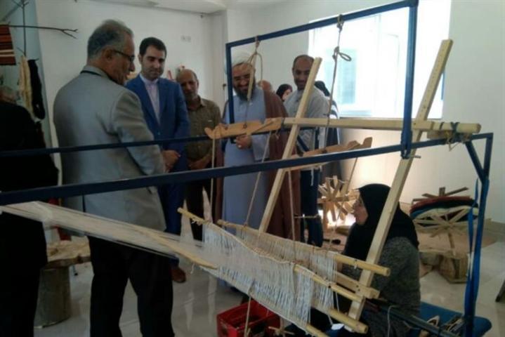 افتتاح یک کارگاه تولیدی صنایع دستی در شیرگاه