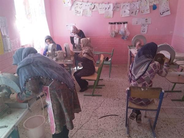 آموزش تراش سنگ های قیمتی و نیمه قیمتی در شهر سه قلعه خراسان جنوبی