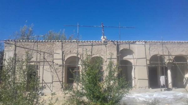 شروع مرمت بنای نصرت الرعایا شهرستان ارزوئیه