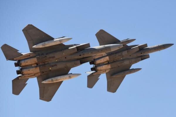 حملات ائتلاف سعودی به اهداف نظامی در صنعاء آغاز شد