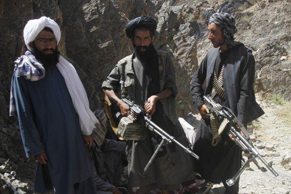طالبان: اگر معلمان و دانشجویان در انتخابات شرکت نمایند کشته می شوند