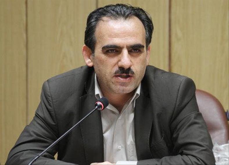 خضری: طرح دوفوریتی اصلاح قیمت بنزین در راه مجلس، بنزین باید با نرخ 1500 تومان عرضه گردد