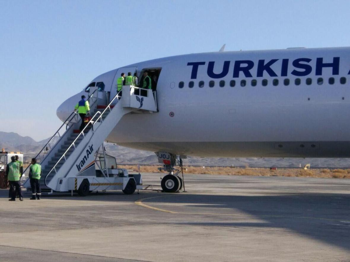 خبرنگاران ورود مسافران کشورهای درگیر کرونا به ترکیه متوقف شد