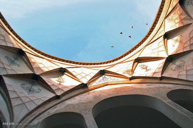 تلألؤ معماری اصیل و هوشمندانه ایرانی در بناهای تاریخی کاشان