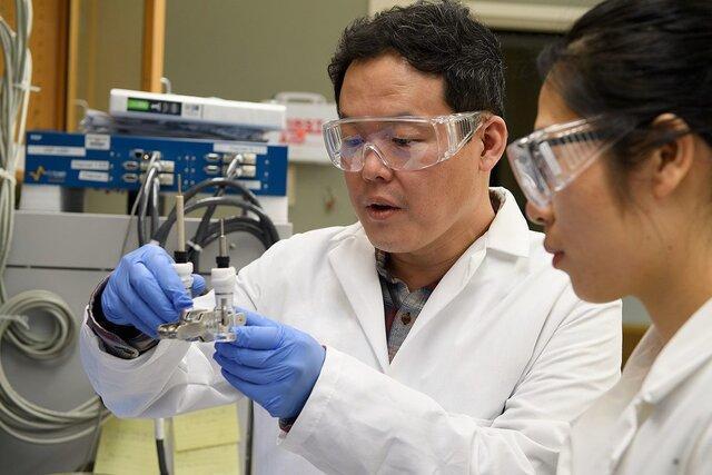 پیشرفت پژوهشگران در رسیدن به نسل آینده باتری های لیتیوم-فلزی
