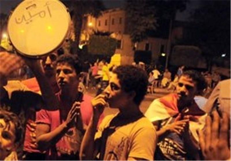 درخواست دبیرکل حزب النور از گروه های سیاسی، ادامه تحصن مقابل وزارت دفاع مصر