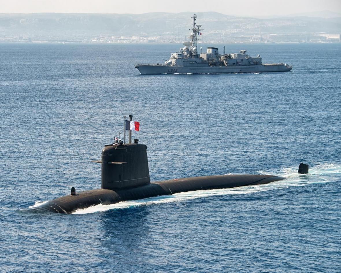 خبرنگاران زیردریایی اتمی فرانسه دچار آتش سوزی شد