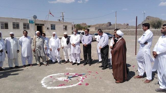 کلنگ زنی مدرسه 6 کلاسه در روستای داروکان سیستان و بلوچستان