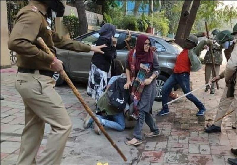 سیاستمدار هندی: اعمال فشار از سوی دولت باعث به نتیجه نرسیدن پرونده کشتار مسلمانان دهلی شده است