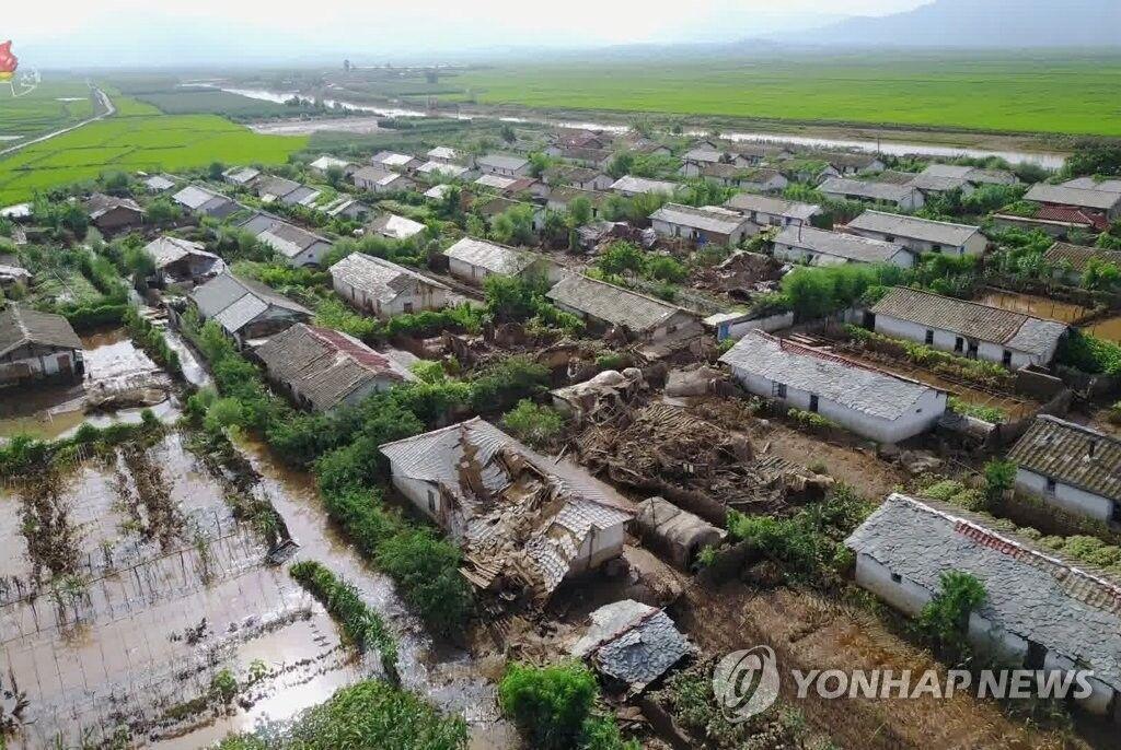 خبرنگاران وعده کیم به روستائیان سیلزده محقق شد