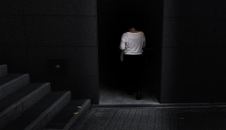 علت ترس از تاریکی چیست و راه های درمان آن کدامند؟