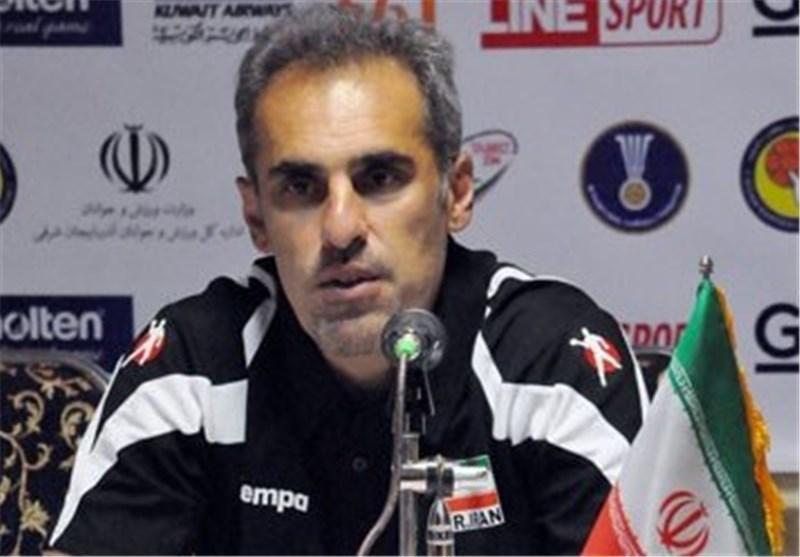 طاهری: جایگاه واقعی ما در لیگ هندبال در رده سوم نیست، امیدوارم در دور برگشت مقابل مس و زغال سنگ پیروز شویم