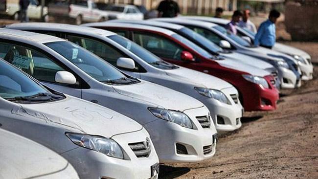 خواسته مجلس عرضه محصولات خودروسازان در بورس است