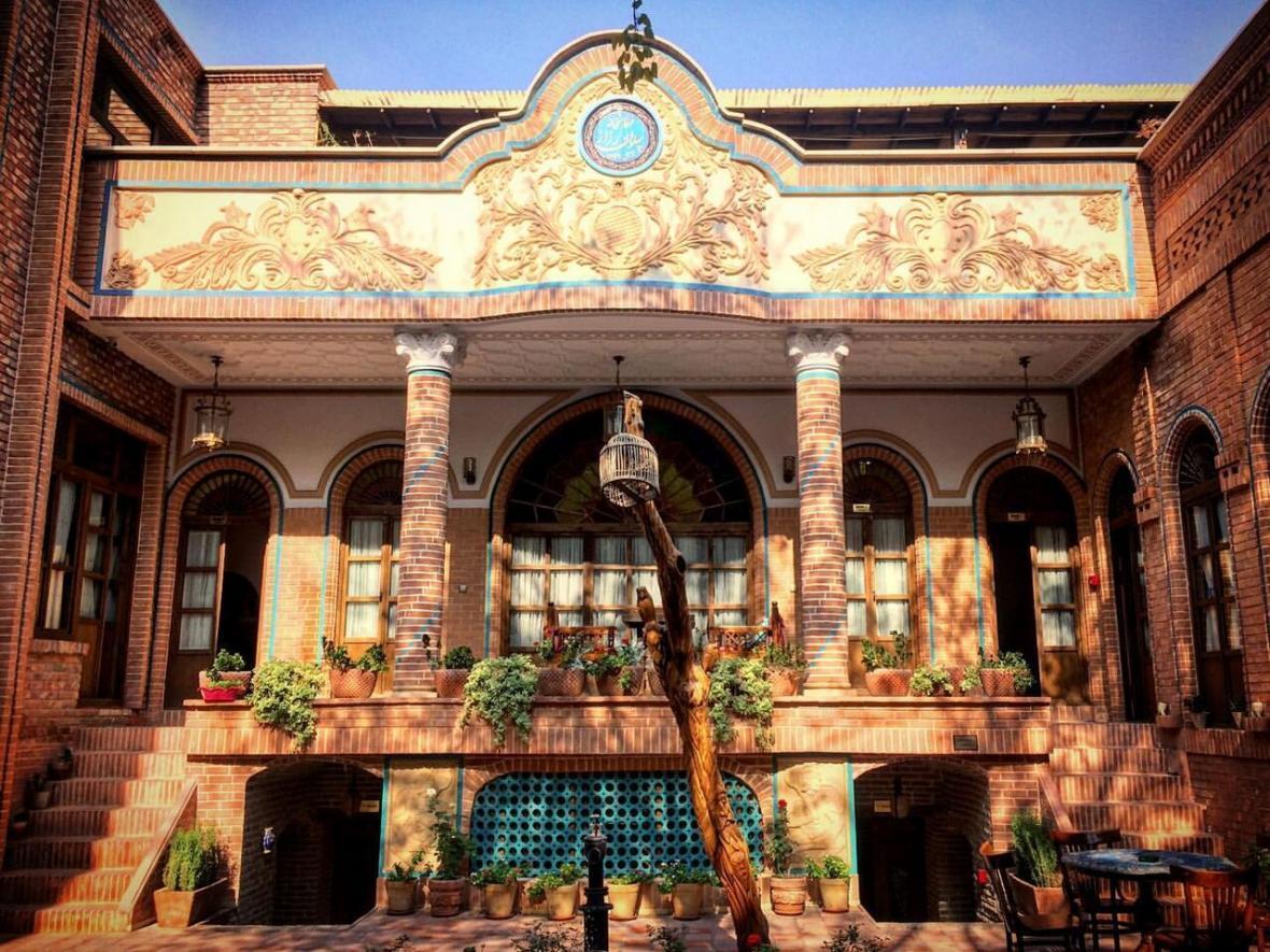 بازدید از تهران قدیم؛ از عمارت قاجاری کاظمی تا خانه پدر سالار
