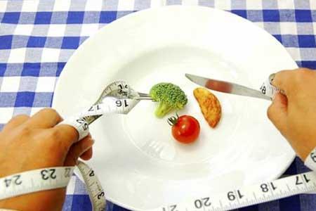 عوارض خطرناک رژیم&zwnjهای غذایی خودسرانه