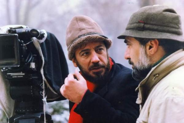 بهره دقیق از ملاحظات زبانی بیش از هر چیز در فیلم&zwnjهای حاتمی اهمیت دارد، از مثنوی تا متل&zwnjهای ایرانی